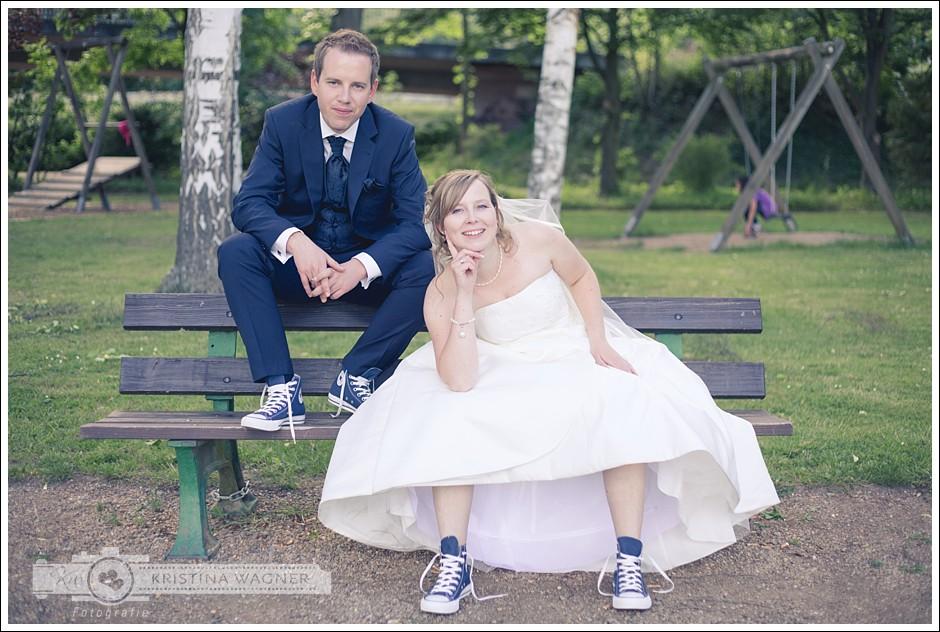 Michaela Peter Hochzeit In Chucks Kristina Wagner Fotografie